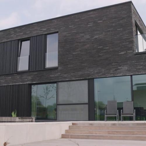 klassevolle villa in strak moderne stijl